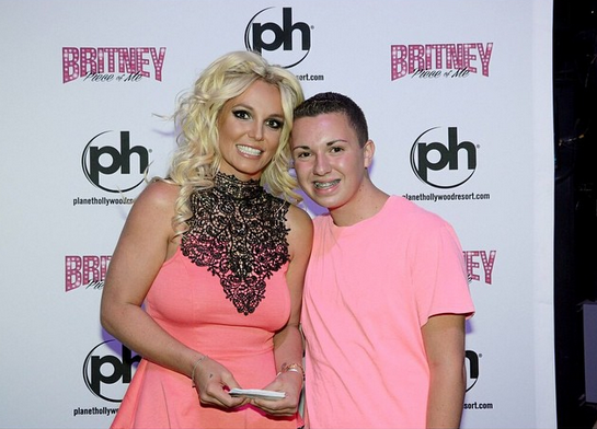 YOUng   Britney Spears aiuta ragazzo gay a fare coming out ... Britney Spears Las Vegas